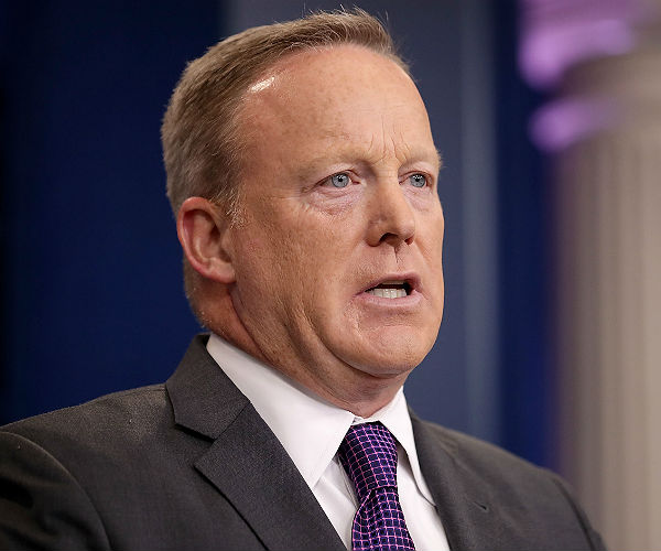 Sean Spicer: Gary Cohn 'Extremely Smart'