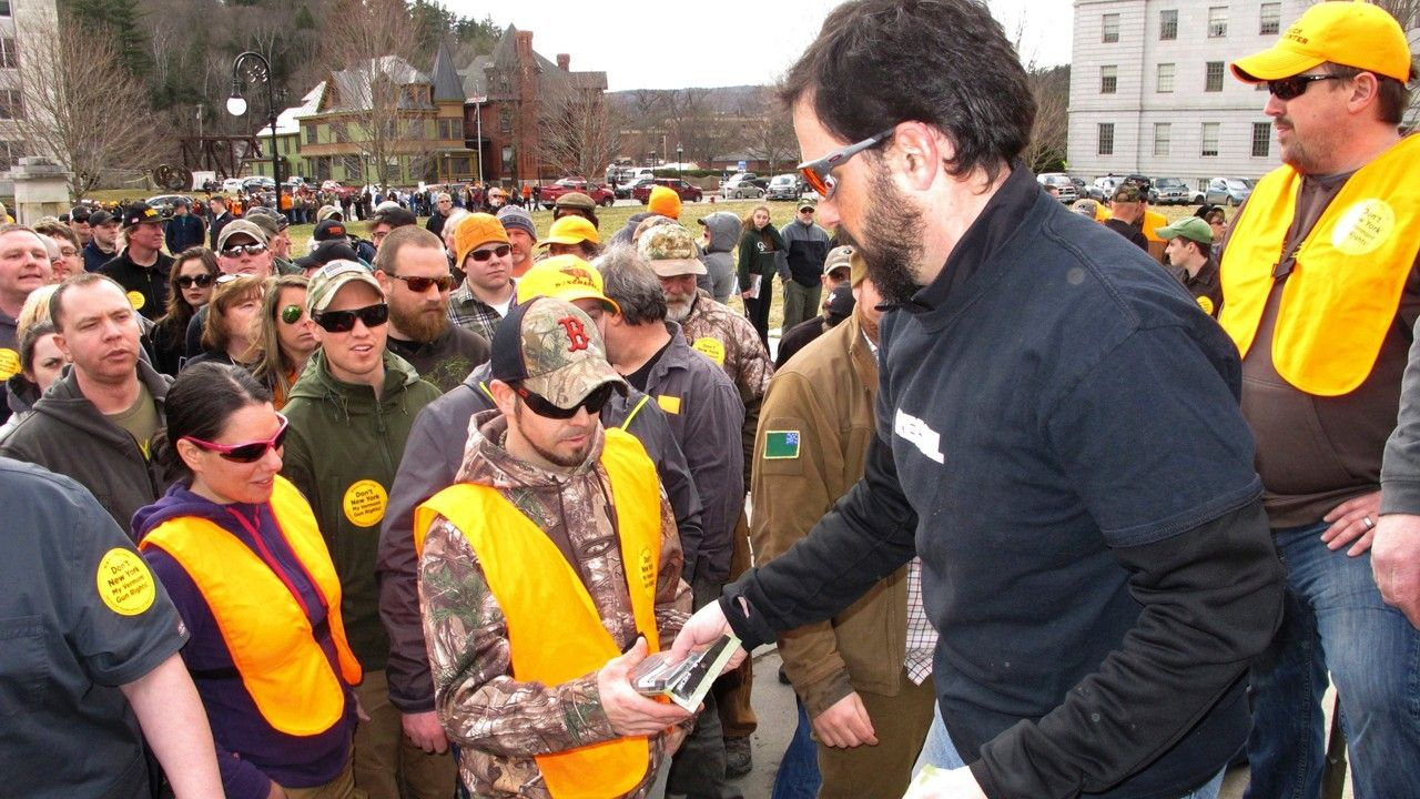Gun rights activists hand out high-capacity magazines at Vermont rally