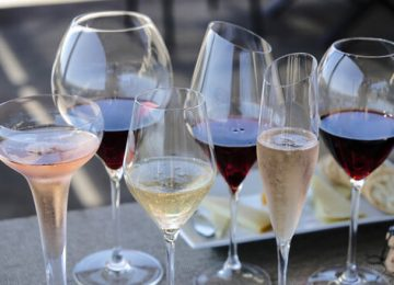 Study Challenges Health Benefits of Moderate Drinking