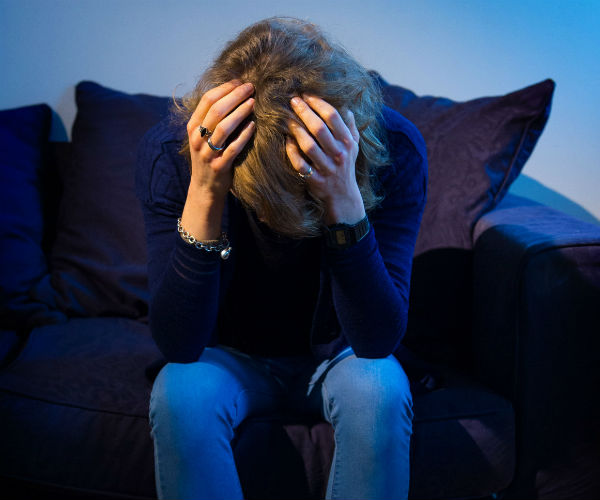 Teen Depression Risk Lower in Close-knit Families