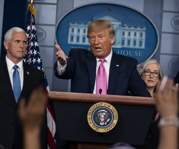 Trump: 'Incompetent' Pelosi 'Trying to Create a Panic'